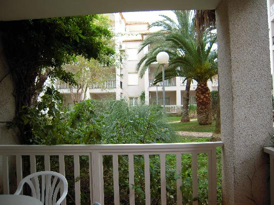 Ona Ogisaka Garden: Good size Balcony
