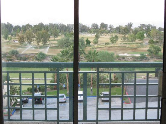 Indian Wells, Kalifornia: View onto golf course from room