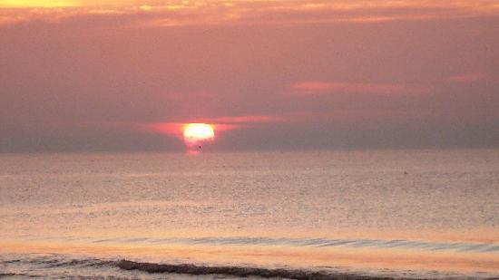 Phoenix All Suites Hotel: Our Sunrise!!!!!!!!!!