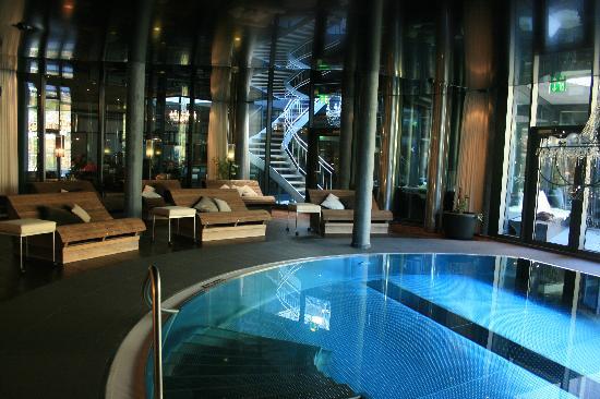 Wellness center picture of matterhorn focus design for Design hotel zermatt