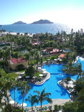 """Sea Garden Mazatlan: this is the ony thing that we realy like of  the hotel """"pool"""""""