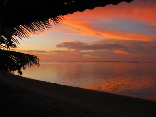 Apia, Samoa: sunrise at sina pj's - being early in the morning, obviously i took this one!