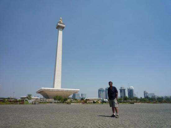 National Monument (MONAS): Monumento Nacional - MONAS Jakarta, Indonesia. Ago'08