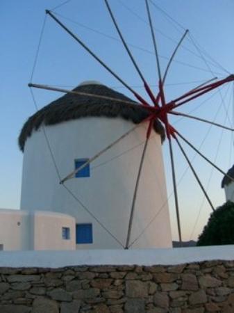 Bilde fra The Windmills (Kato Milli)
