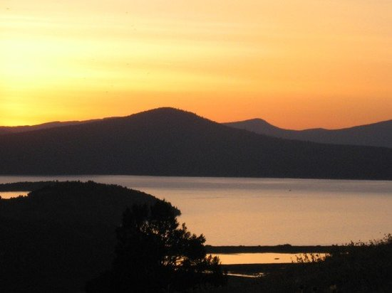 Klamath Falls, OR: Sunset over Klamath lake, taken from the O.