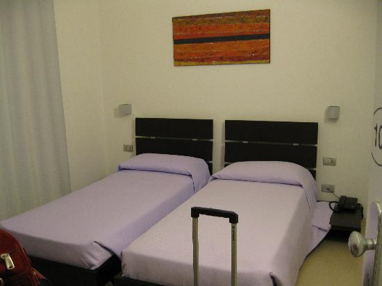 Suore Del Preziosissimo Sangue: Our room