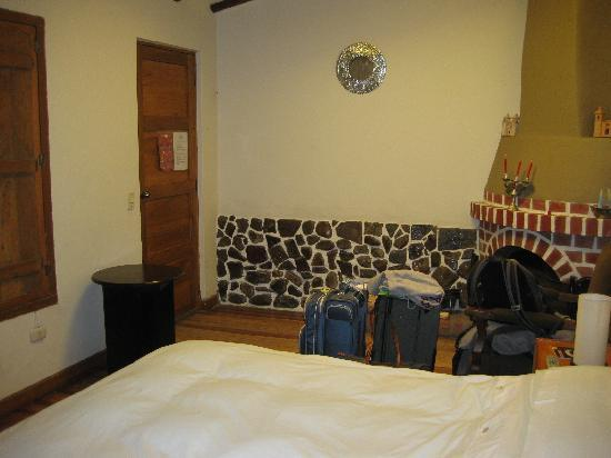El Andariego: Room 103