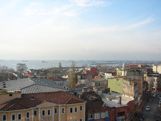 Ottoman Hotel Park: Blick von der Terasse