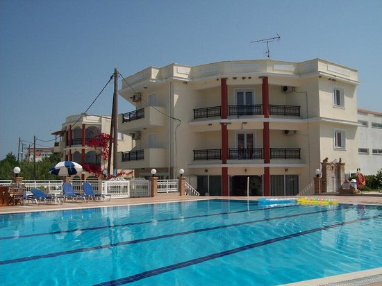 Hotel Karras: otel Karras and the pool