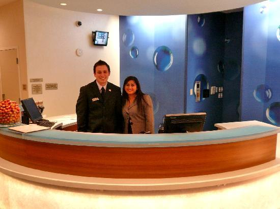 SpringHill Suites Irvine John Wayne Airport/Orange County: Very friendly hotel associates
