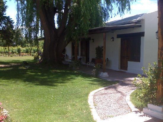 Postales Boutique Wine Hotels - Valle de Uco: puerta habitación