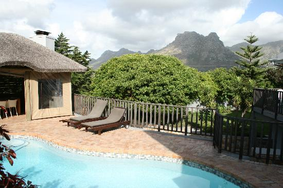 Chapman's Peak Bed and Breakfast: view on the mountains