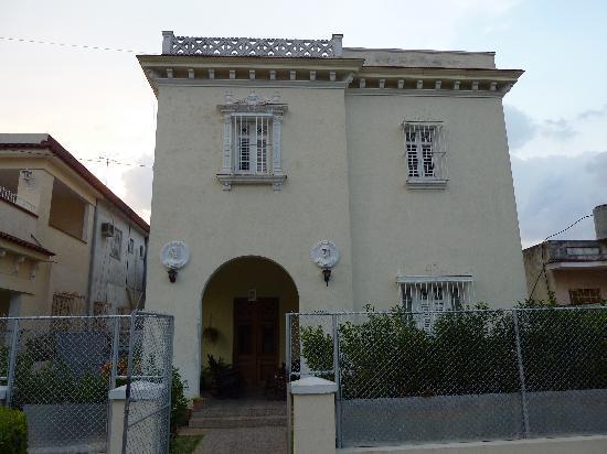 Casa Mayda Bellon: Aussenansicht