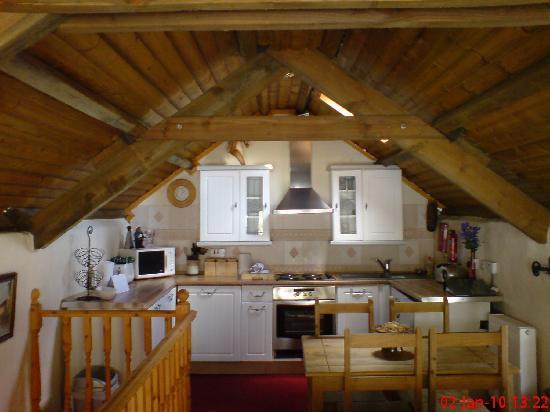 Fox Park Farm Cottages: Inside of Hayloft