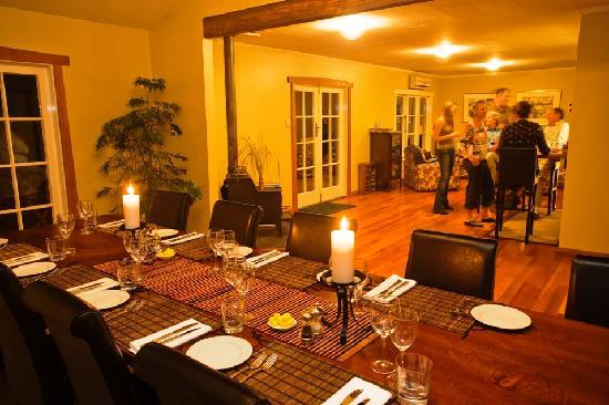 Owen River Lodge: Dining Room