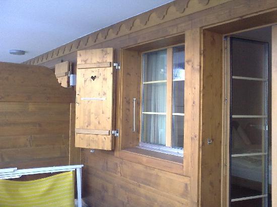 Hotel Bellerive Gstaad: Il balcone della camera
