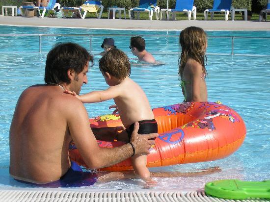 Trezene Villaggio : Young children friendly pool area