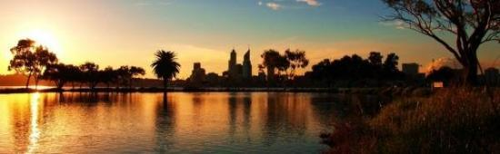 Perth, City from Sir James Mitchell Park