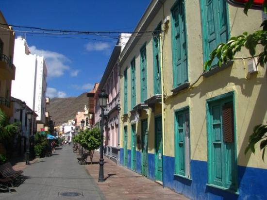 La gomera san sebastian picture of la gomera canary for Apartamentos jardin del conde la gomera