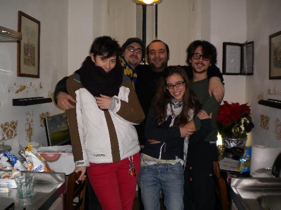 Donatello Bed & Breakfast: si fa amicizia facilmente!!!! oltre al gestore anche con altri ospiti!!!la foto è stata fatta al