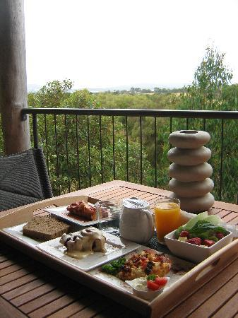 HideAway Haven: One of their many delicous breakfasts on our balcony.