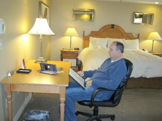 Ambassador Hotel: King Bed, desk. Spacious Room!