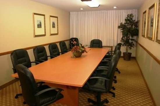 Country Inn & Suites By Carlson, Fargo: Boardroom Seats 14
