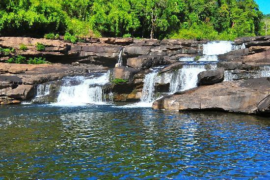 4 ริเวอร์ โฟลติ้ง ลอดจ์: Tatai Falls (Dry Season)