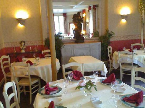 Hotel de La Cloche : RESTAURANT