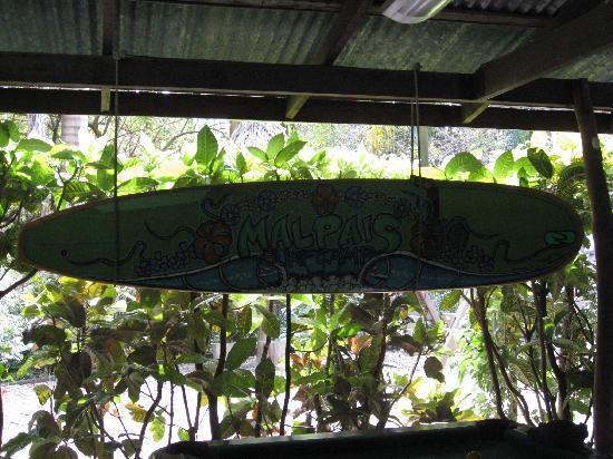 Mal Pais Surf Camp & Resort: Surfboard Sign