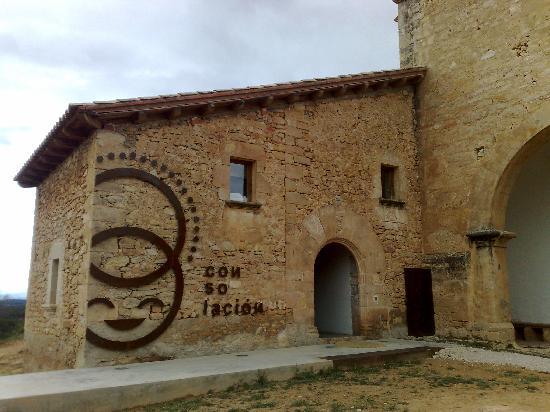 Monroyo, Spain: Fachada Ermita y Hotel