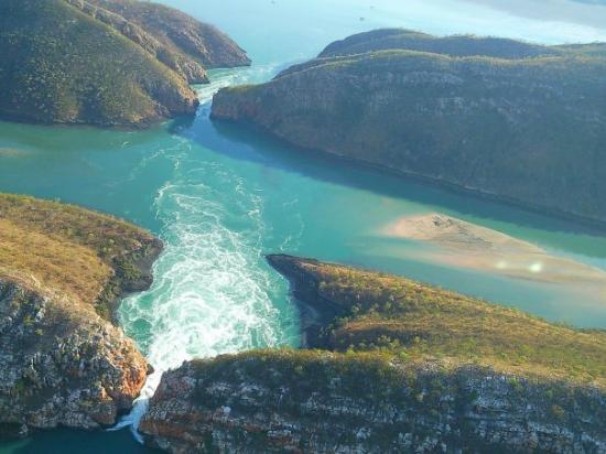 Broome, Australia: Horizontal Waterfalls (kimberley WA)