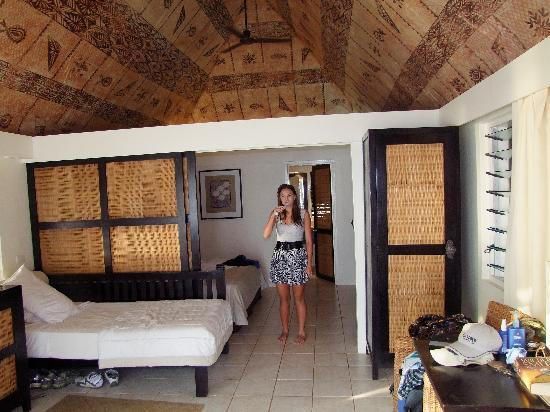 Castaway Island Fiji: Inside the Bure, with Beautiful Fijian Tapistry