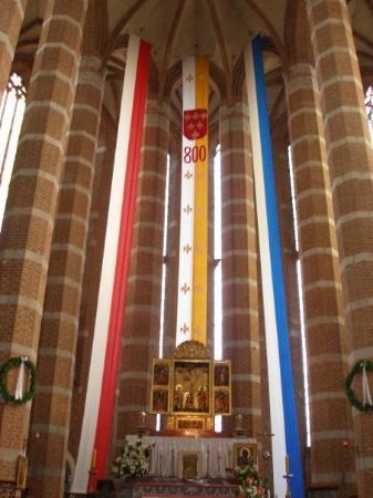 Wnętrze kościoła św. Mikołaja w Brzegu