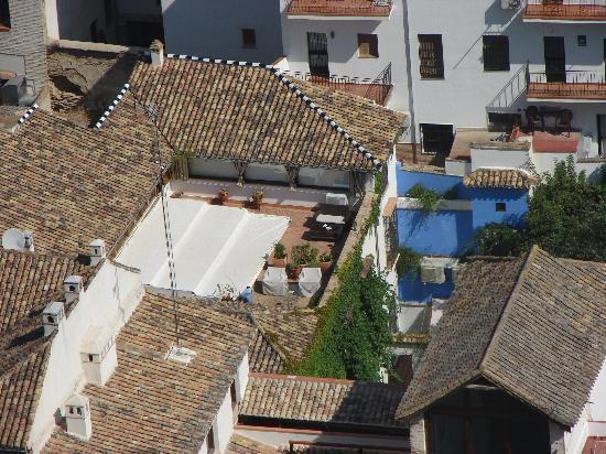Carmen Del Cobertizo: terrasse du Carmen sur lequel donne les chambres d'hotes