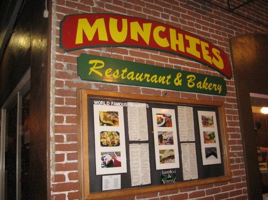Munchies Restaurant & Bakery: Munchies Restaurant