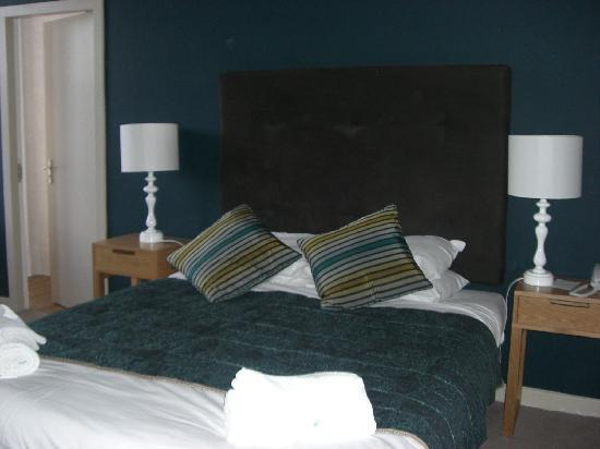 Bay Waverley Castle Hotel: Superior Room
