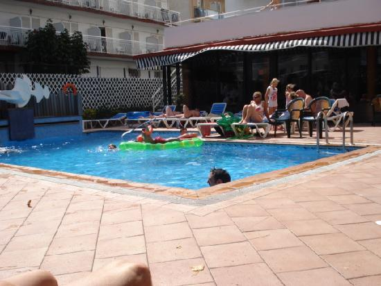 Xaine Park Hotel: Piscine de l hotel