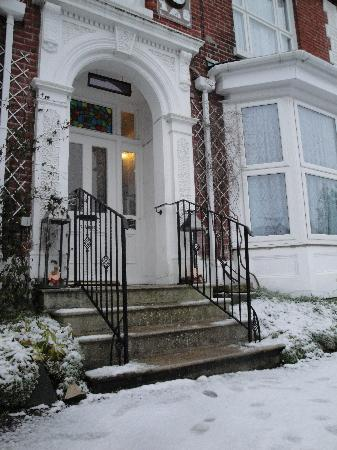 Madison House in the Snow of Jan 2010