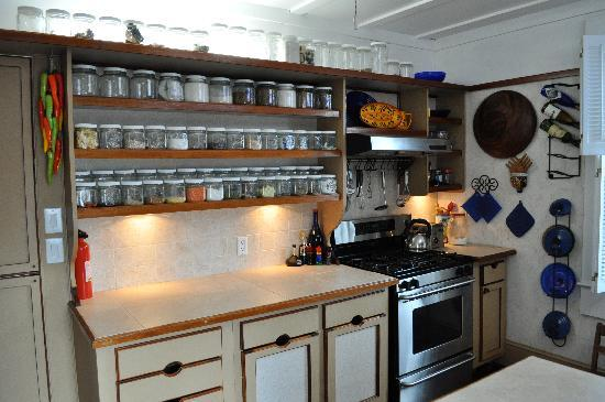 Beaufort, NC: Upstairs kitchen