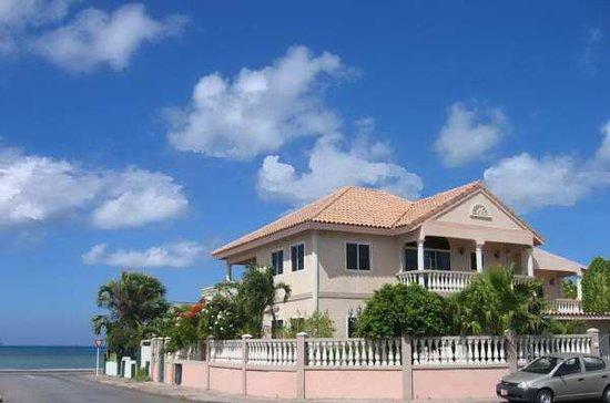 Le Chateau Aruba