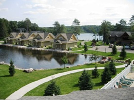 Kavanaugh's Sylvan Lake Resort: The Cottages