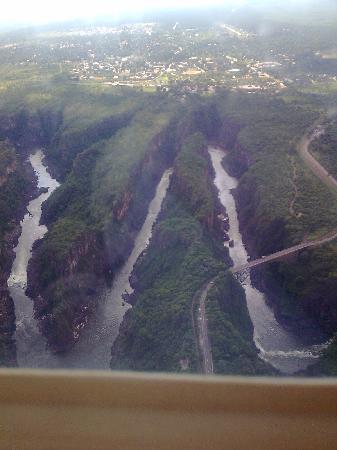 Victoria Falls, Zimbabwe: Rio Zambezi Zimbabwe zig zag