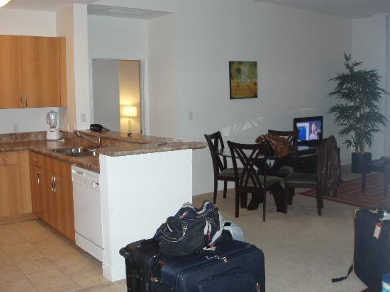 Towers of Dadeland: Kithen/ living room