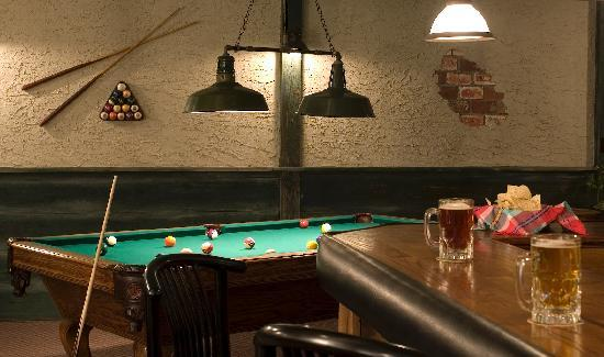 Andon-Reid Inn Bed and Breakfast: Fun times in the well equipped games room