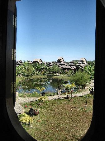Mrauk Oo Princess Resort : Gardenview from Restaurant