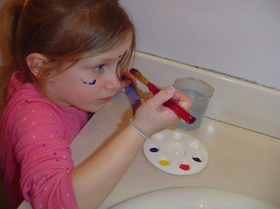 Children's Discovery Museum: face painting