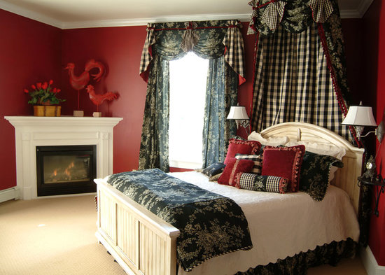 Bayberry Inn of Newport: Red Room