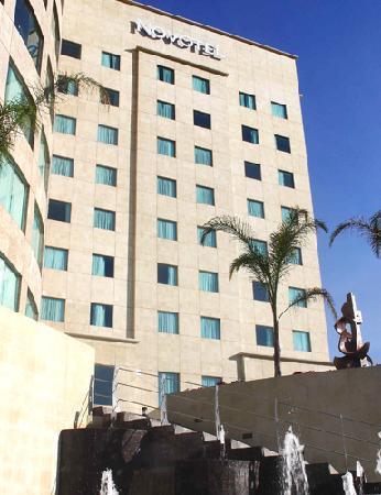 Novotel Mexico Santa Fe: Hotel Facade