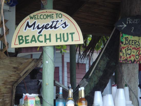Myett's Garden Inn: great beach bar